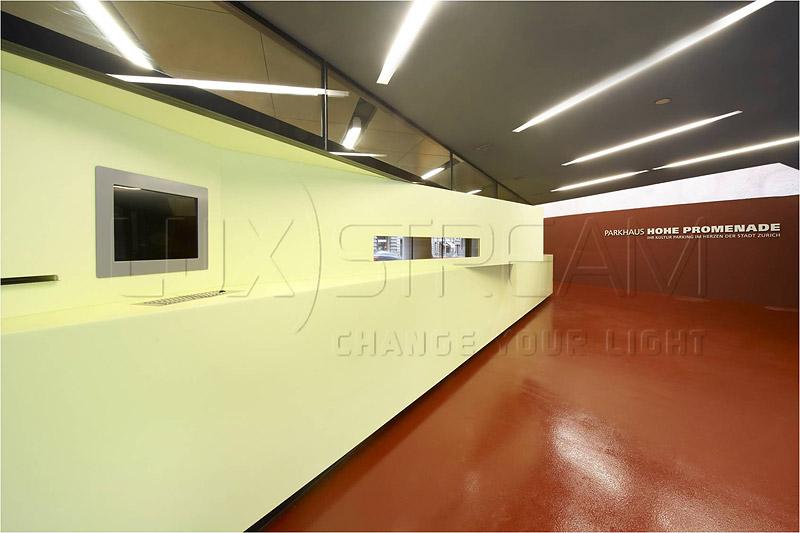 02-Luxstream-LED-Komplettleuchten-Parkhaus-01